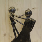 couple sculpture metal pascal masson gites hirondelles